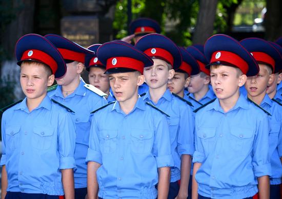 Аксайскому Данилы Ефремова казачьему кадетскому корпусу исполнилось 10 лет - 31 Января 2015 - Казачий Центр