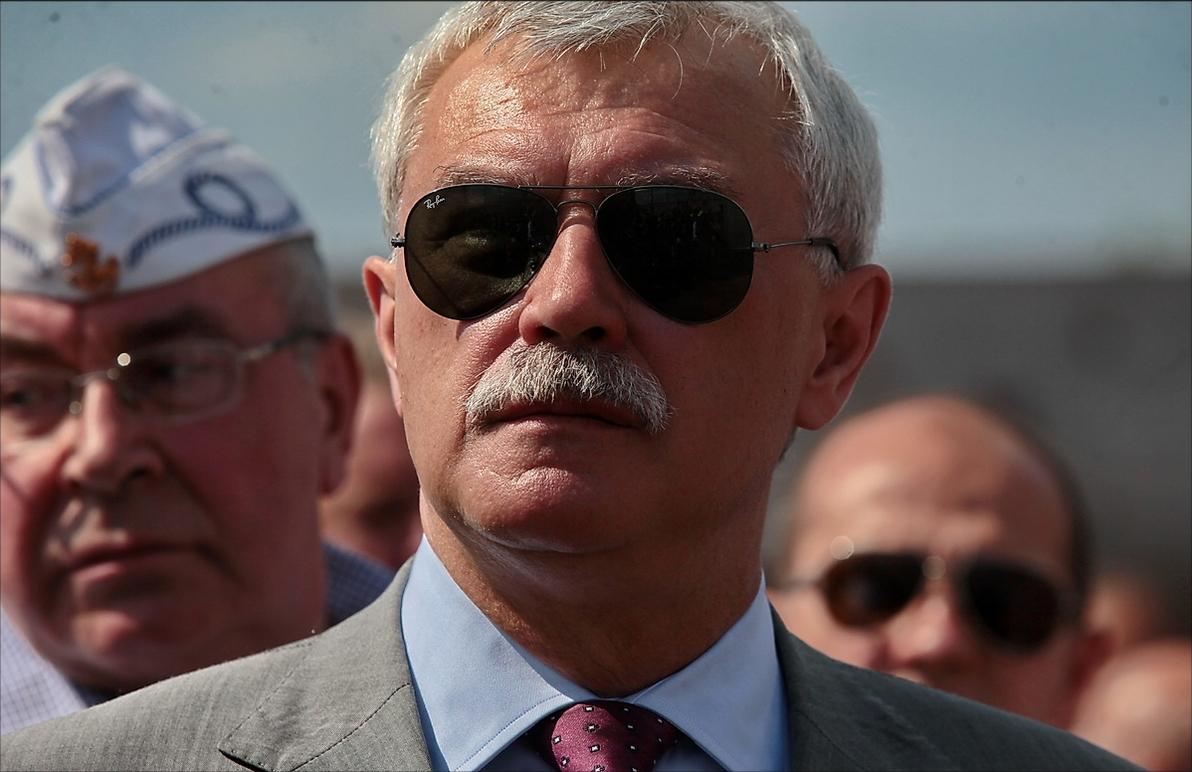 Смольный отказался принимать всерьез присвоение Полтавченко казачьего звания войскового старшины