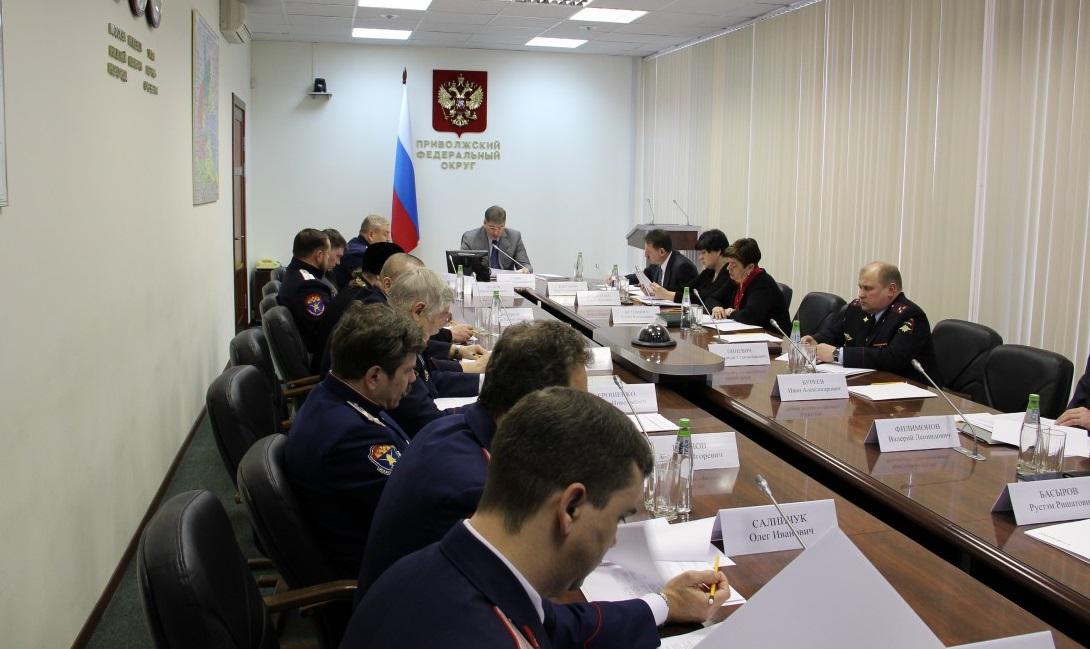 До 1 апреля в регионах округа будут утверждены планы по реализации Стратегии в отношении российского казачества