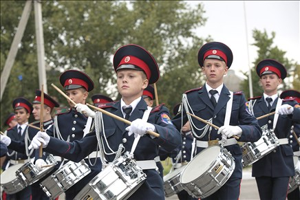 На Дону увеличивается количество образовательных учреждений со статусом «казачье»
