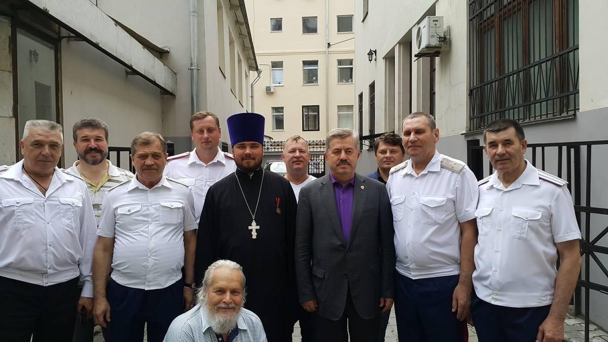 В День крещения Руси священник Тимофей Чайкин совершил чин освящения штаба Союза казаков-воинов России и Зарубежья