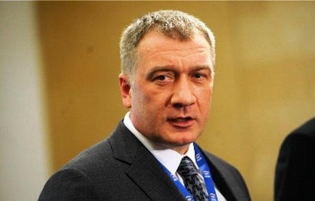 Владимир Петров просит Генпрокуратуру приостановить деятельность ряда объединений казаков