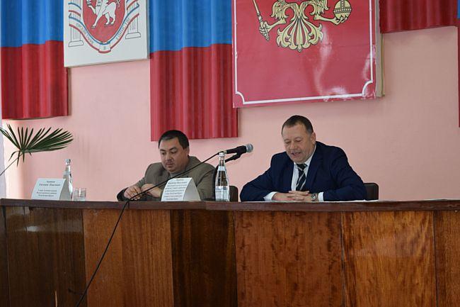 В Раздольненском районе прошел круглый стол на тему реализации стратегии развития российского казачества