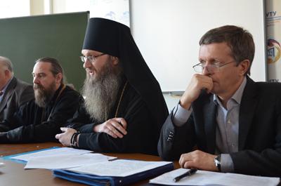 Председатель епископ Урюпинский и Новоаннинский Елисей