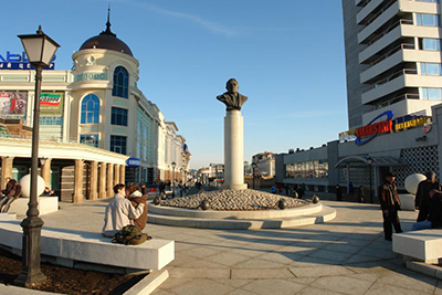 Памятник Льву Гумилёву в Казани