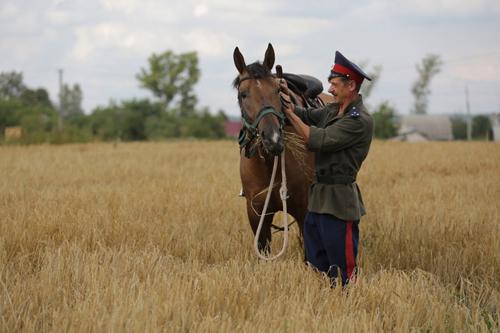 Владимирский казак Алексей Новосельцев. Участник конного похода Москва-Париж (2012 г.)